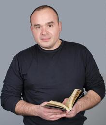 Виктор Хаджиев